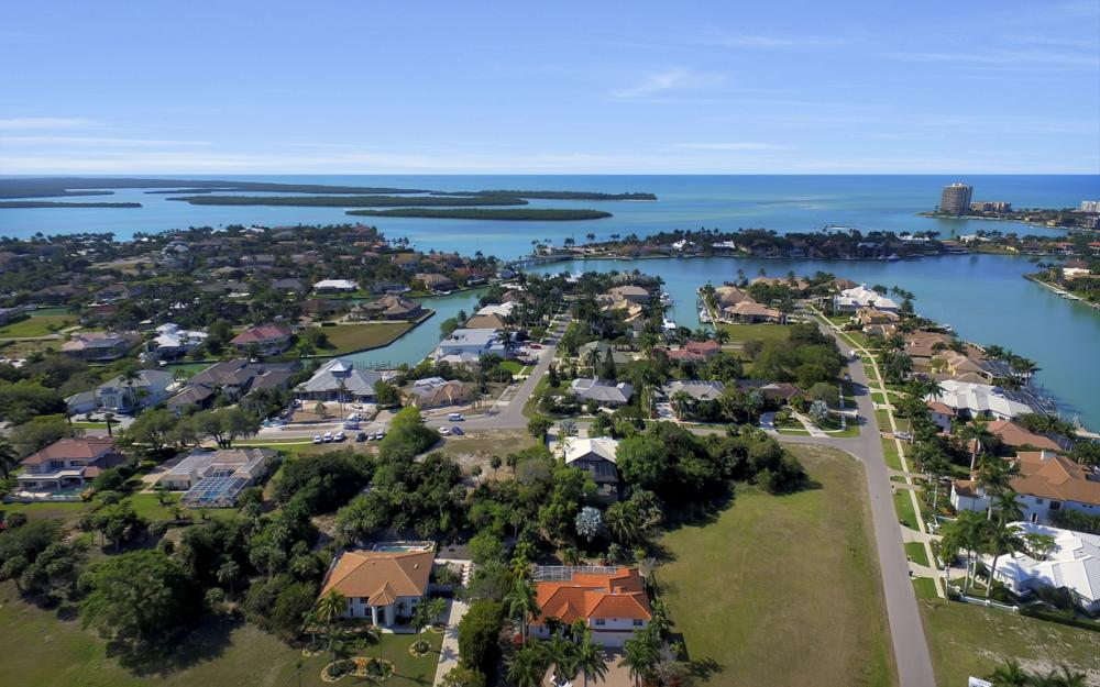 1611 N Copeland Dr, Marco Island - Home For Sale 214277287