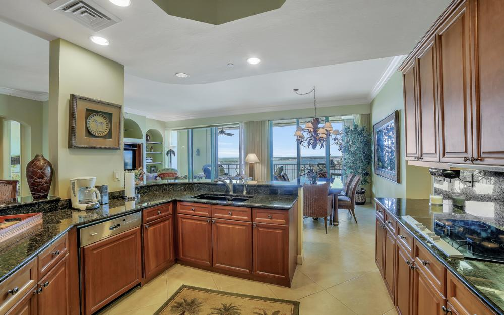 1079 Bald Eagle Dr P2N, Marco Island - Penthouse For Sale 462816231