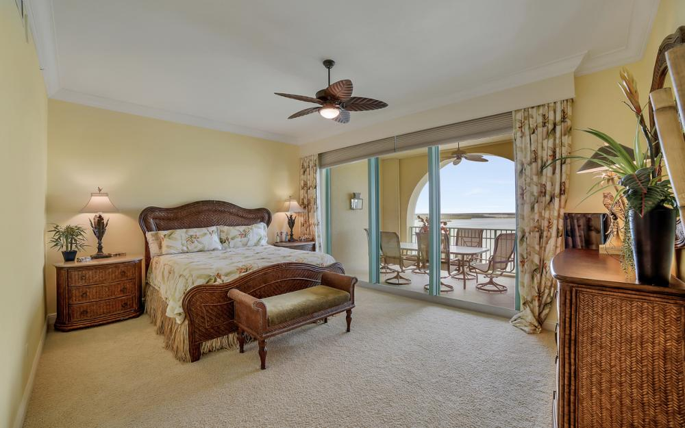 1079 Bald Eagle Dr P2N, Marco Island - Penthouse For Sale 255966453