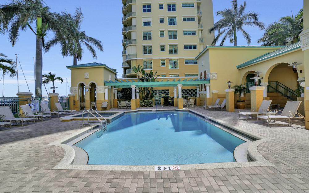1079 Bald Eagle Dr P2N, Marco Island - Penthouse For Sale 2011214972