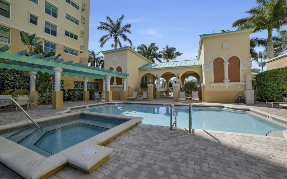 1079 Bald Eagle Dr P2N, Marco Island - Penthouse For Sale 868686534