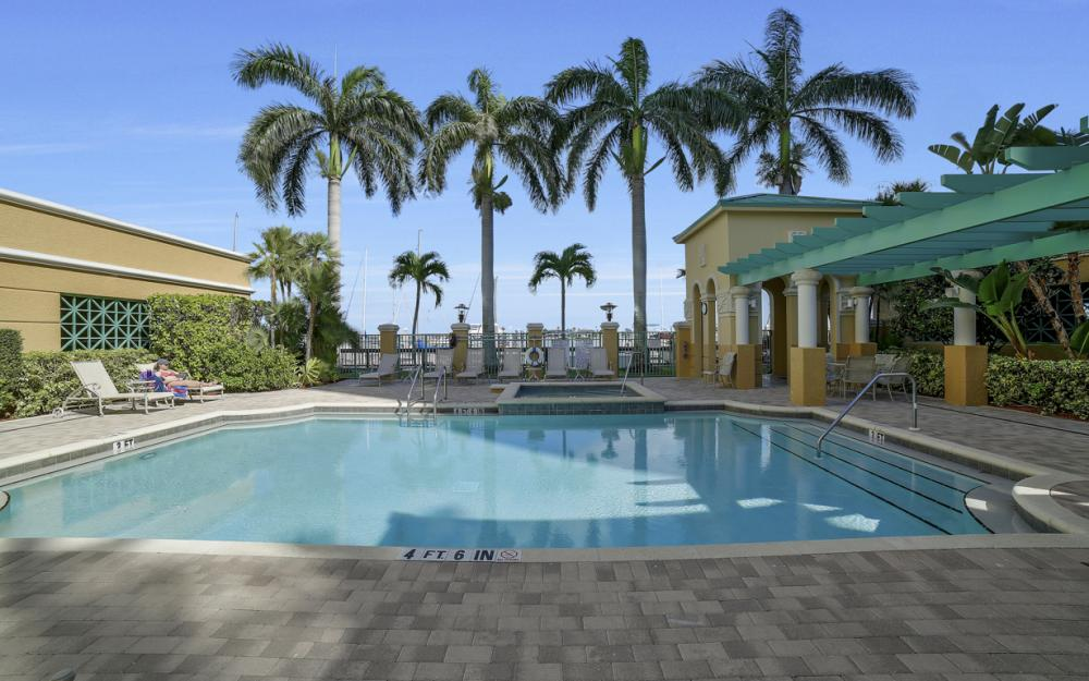 1079 Bald Eagle Dr P2N, Marco Island - Penthouse For Sale 411792108