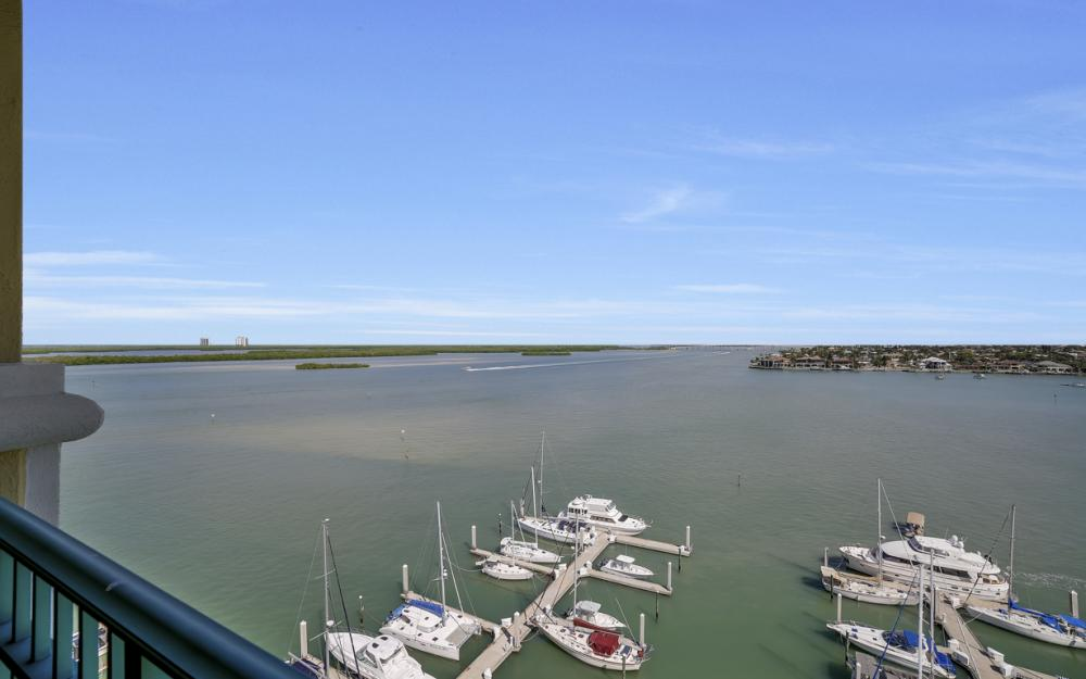 1079 Bald Eagle Dr P2N, Marco Island - Penthouse For Sale 870633095