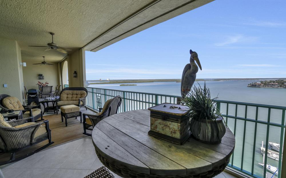 1079 Bald Eagle Dr P2N, Marco Island - Penthouse For Sale 783294358