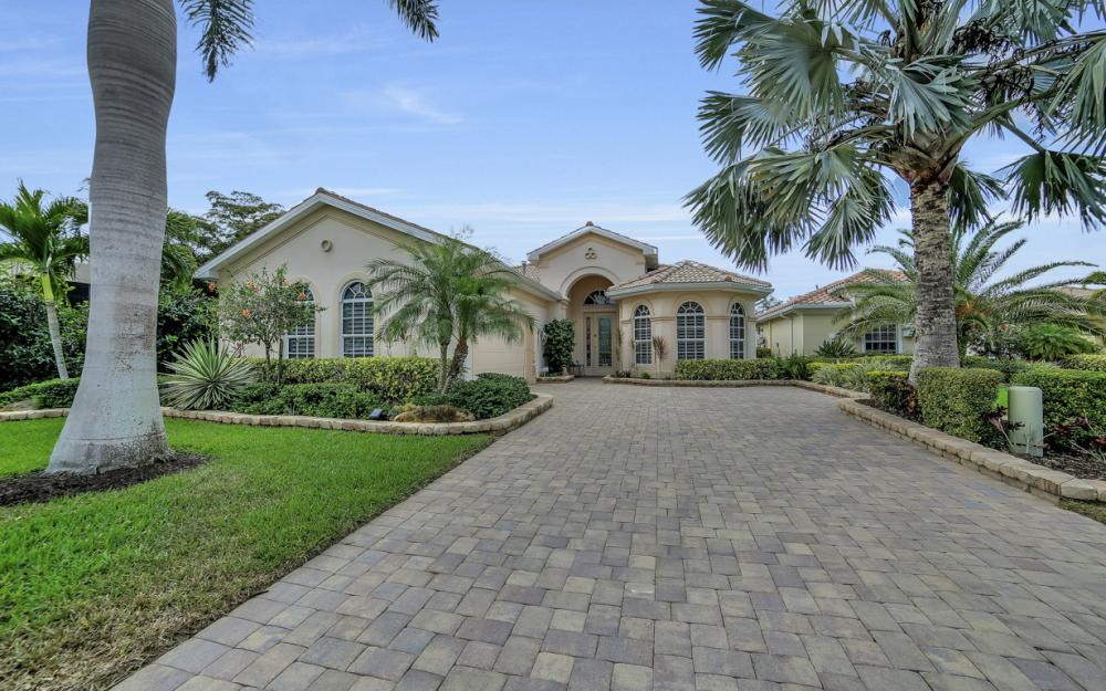 19468 Caladesi Dr, Fort Myers - Home For Sale 987365824