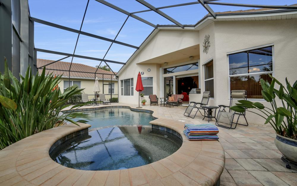 19468 Caladesi Dr, Fort Myers - Home For Sale 489402975