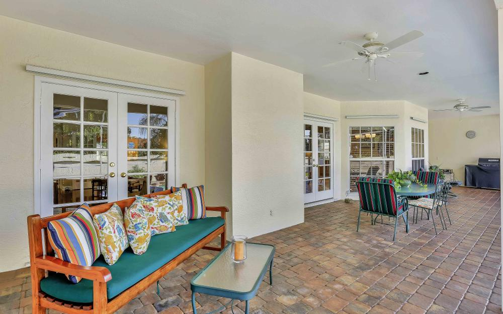 45 Timberland Cir S, Fort Myers - Home For Sale 667105968