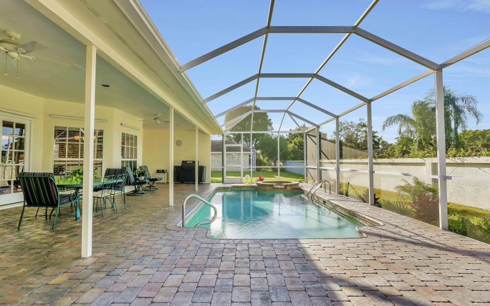 45 Timberland Cir S, Fort Myers - Home For Sale 1078804048