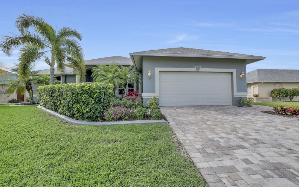 2666 SW 32nd St, Cape Coral - Home For Sale 2094894636