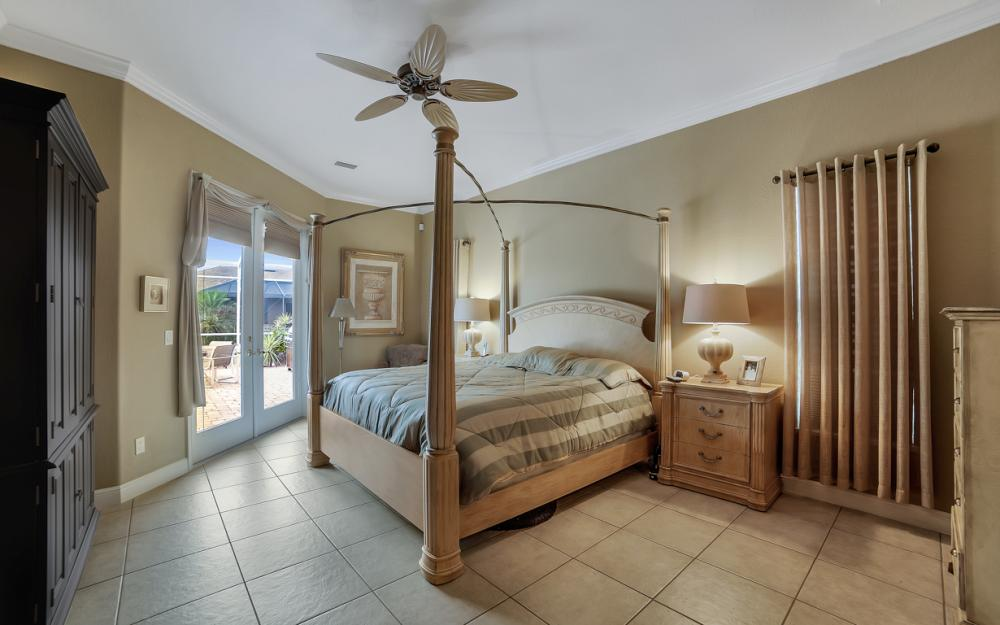 2666 SW 32nd St, Cape Coral - Home For Sale 1294802588