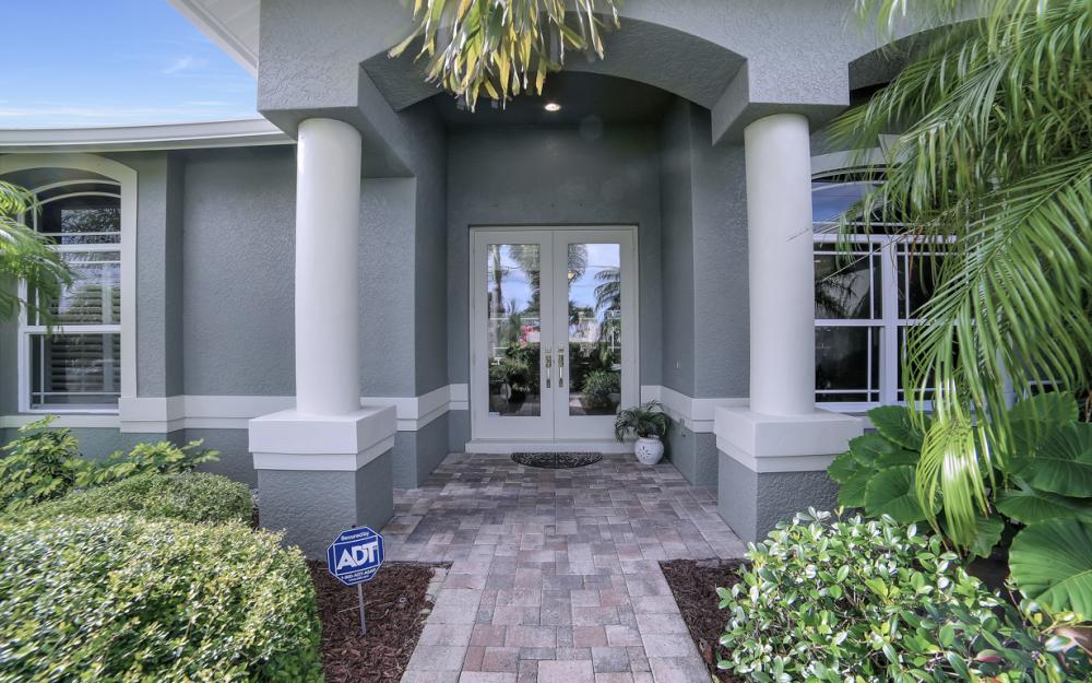 2666 SW 32nd St, Cape Coral - Home For Sale 1937210660