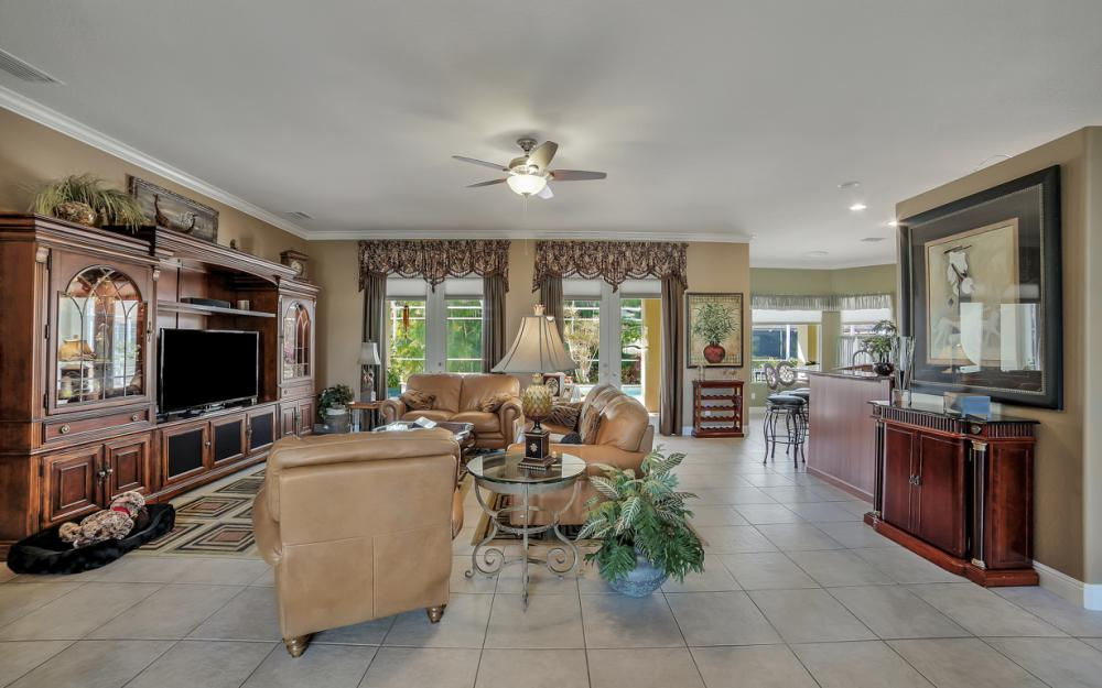 2666 SW 32nd St, Cape Coral - Home For Sale 1180533735