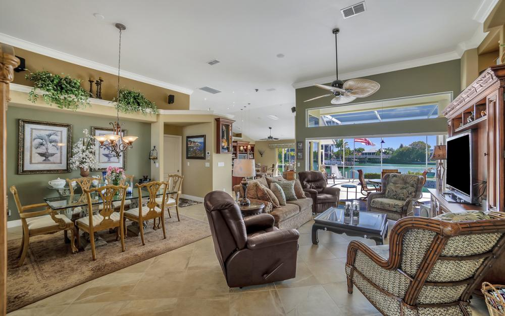 625 Blackmore Ct, Marco Island - Home For Sale 1315533387