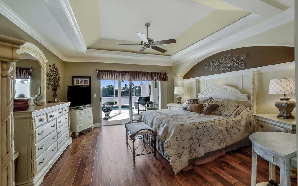 625 Blackmore Ct, Marco Island - Home For Sale 774364593
