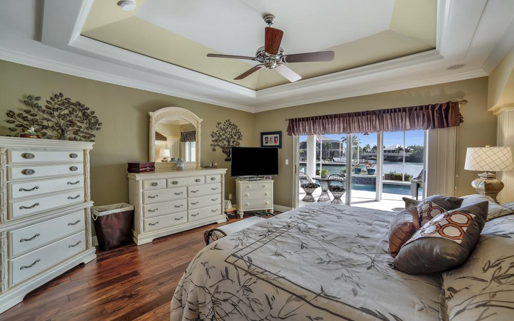 625 Blackmore Ct, Marco Island - Home For Sale 733259786