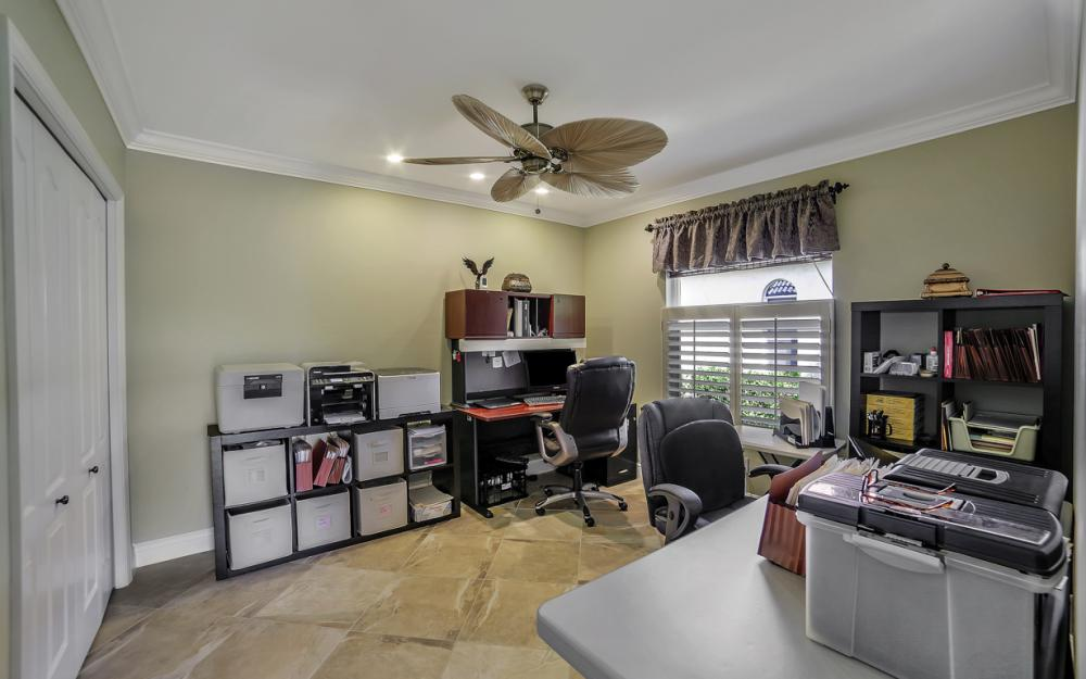 625 Blackmore Ct, Marco Island - Home For Sale 626477284