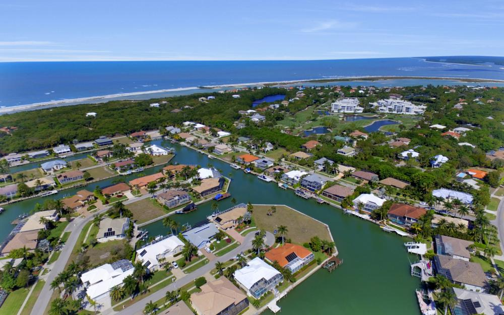 625 Blackmore Ct, Marco Island - Home For Sale 1258211727