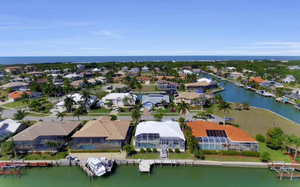 625 Blackmore Ct, Marco Island - Home For Sale 2013163610