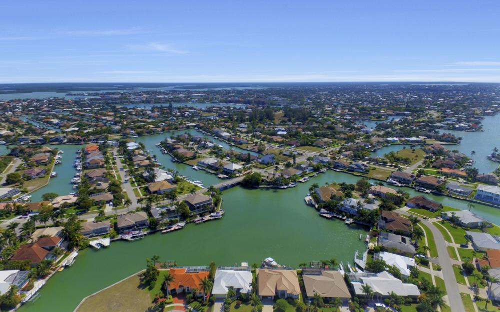 625 Blackmore Ct, Marco Island - Home For Sale 305081679