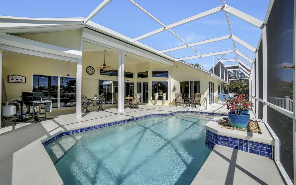 625 Blackmore Ct, Marco Island - Home For Sale 284028778
