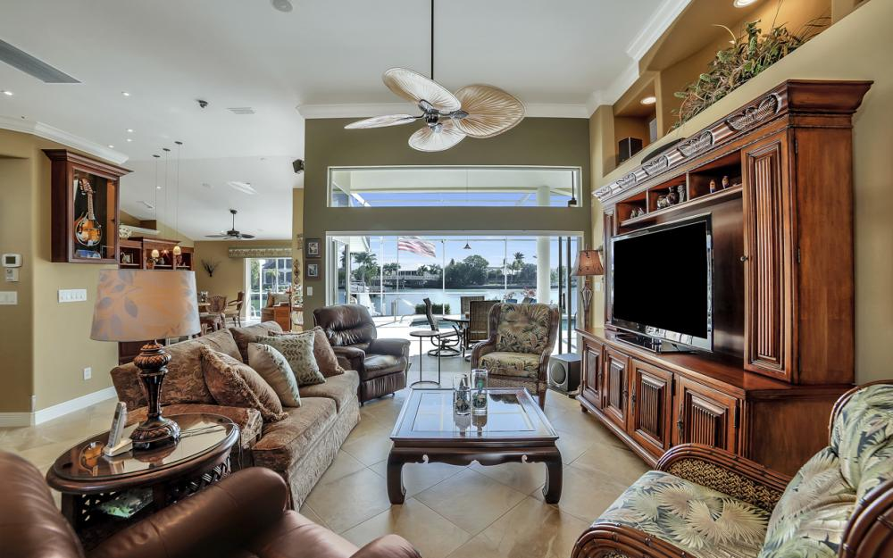 625 Blackmore Ct, Marco Island - Home For Sale 1505964083