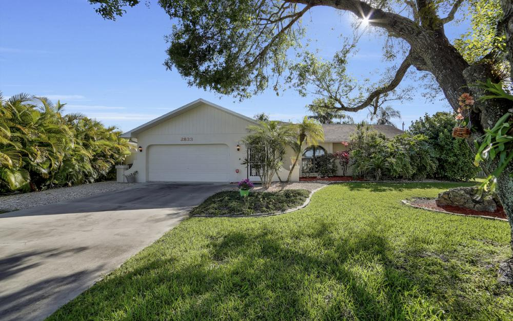 2833 SE 8th Ave, Cape Coral - Vacation Rental 980276125