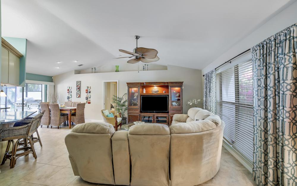 2833 SE 8th Ave, Cape Coral - Vacation Rental 329254659