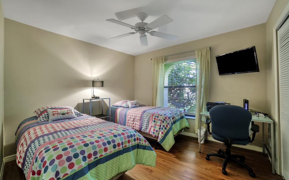 2833 SE 8th Ave, Cape Coral - Vacation Rental 858112952