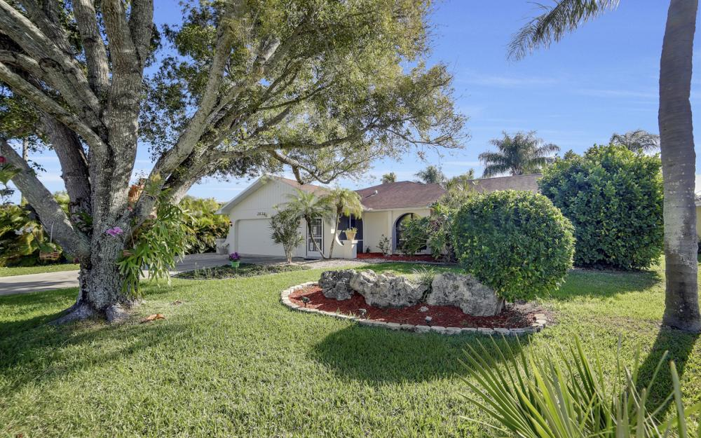 2833 SE 8th Ave, Cape Coral - Vacation Rental 73958787