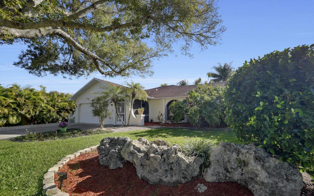 2833 SE 8th Ave, Cape Coral - Vacation Rental 174531907