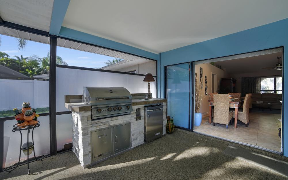 2833 SE 8th Ave, Cape Coral - Vacation Rental 380750262