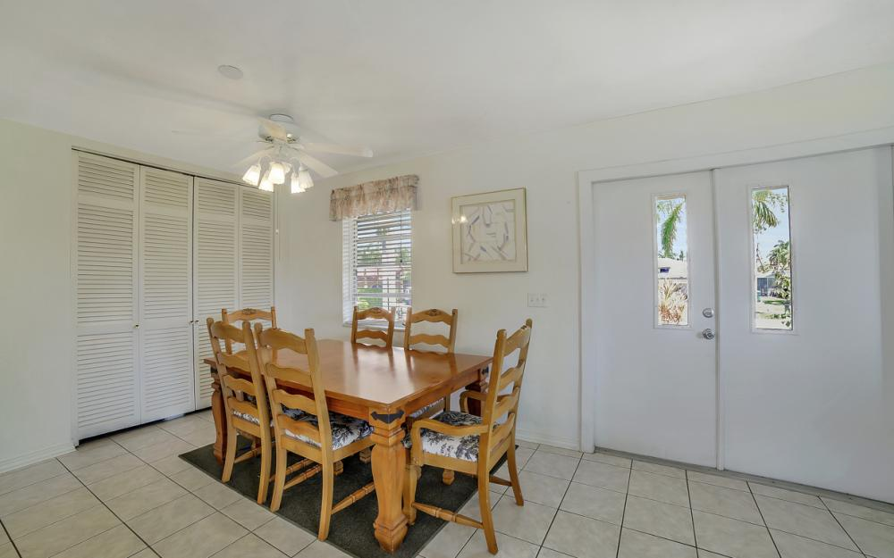 848 Fairlawn Ct, Marco Island - Waterfront Home For Sale 581674108