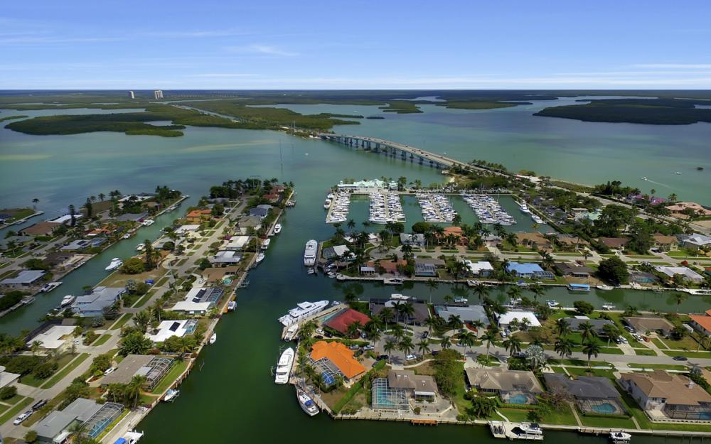 848 Fairlawn Ct, Marco Island - Waterfront Home For Sale 1621988106
