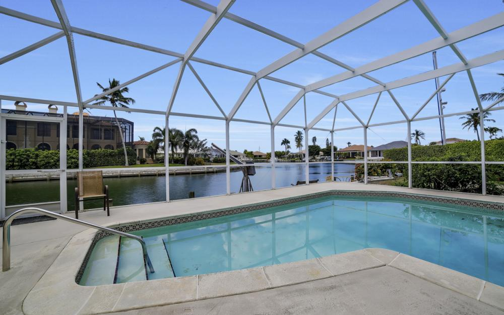848 Fairlawn Ct, Marco Island - Waterfront Home For Sale 212917498