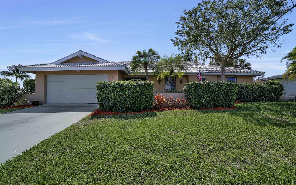 639 Bimini Ave, Marco Island - Waterfront Gulf Access Home For Sale 402040761