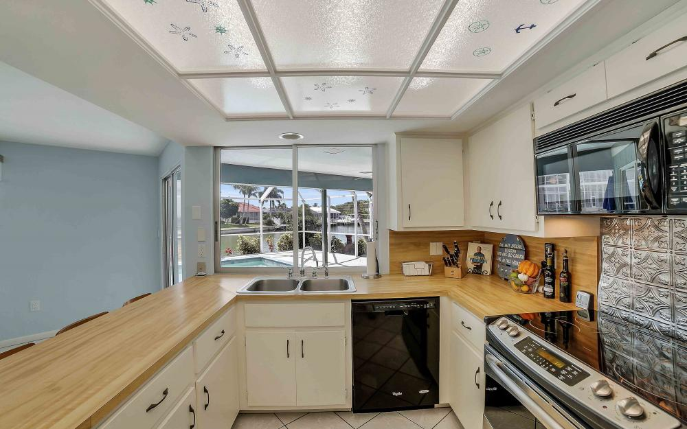 639 Bimini Ave, Marco Island - Waterfront Gulf Access Home For Sale 1996503739