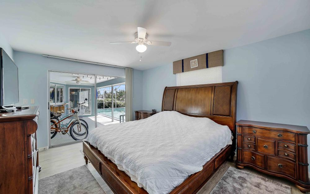 639 Bimini Ave, Marco Island - Waterfront Gulf Access Home For Sale 56891315