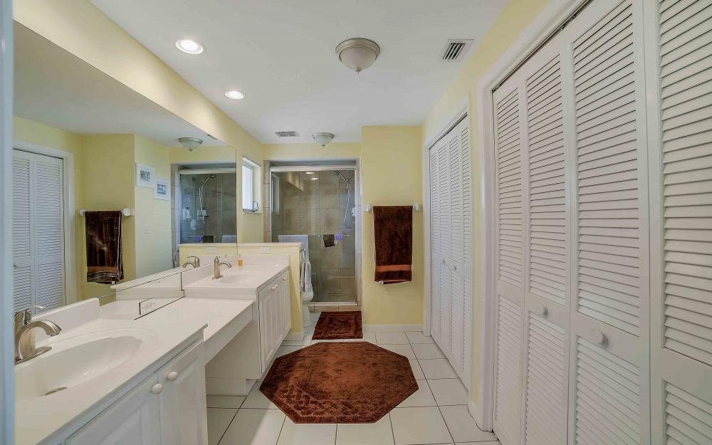 639 Bimini Ave, Marco Island - Waterfront Gulf Access Home For Sale 707286773
