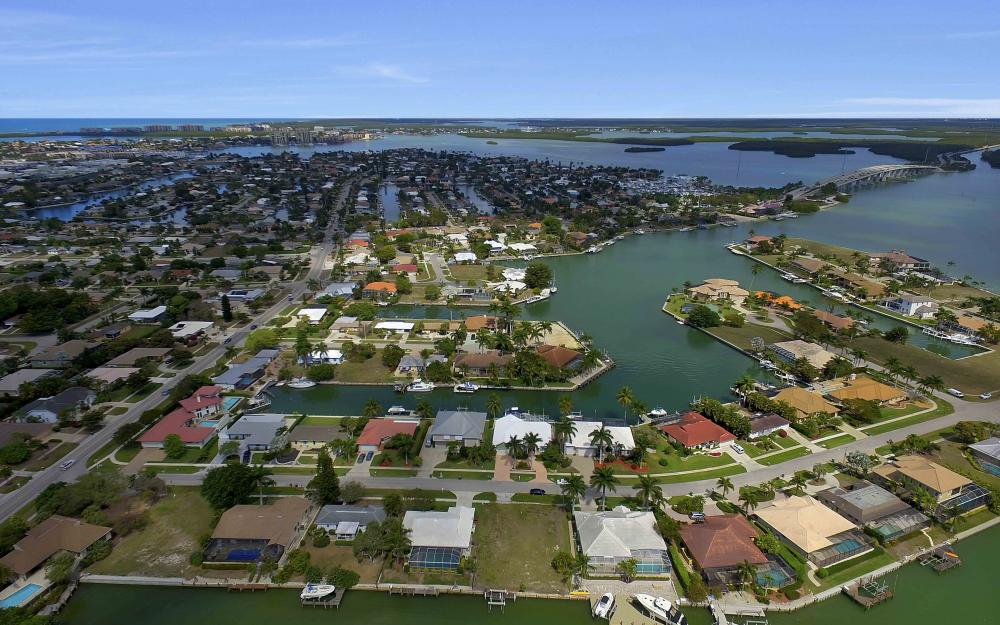 639 Bimini Ave, Marco Island - Waterfront Gulf Access Home For Sale 1794265060