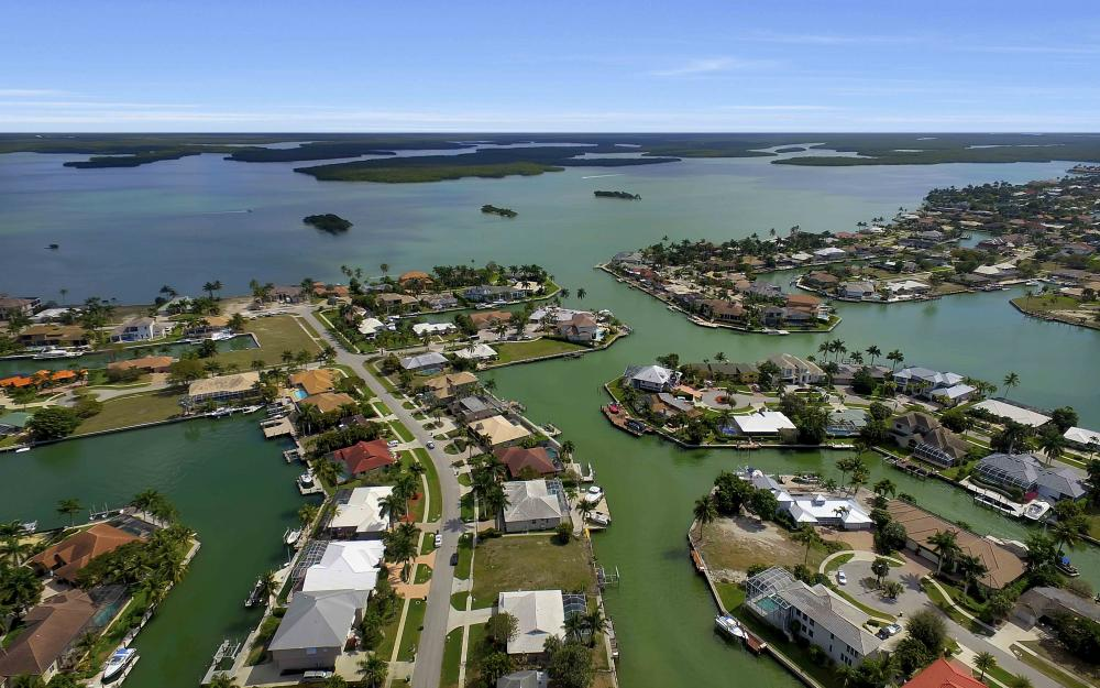 639 Bimini Ave, Marco Island - Waterfront Gulf Access Home For Sale 1252776099
