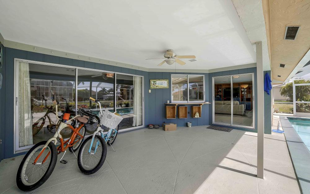 639 Bimini Ave, Marco Island - Waterfront Gulf Access Home For Sale 1344402684