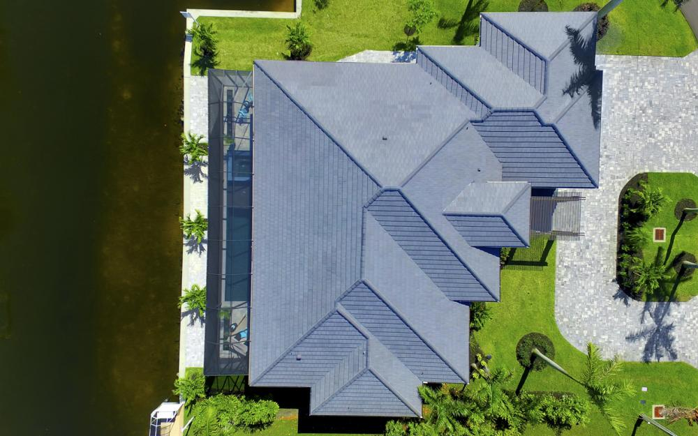 1135 Lorraine Ct, Cape Coral - Luxury Waterfront Gulf Access Home For Sale 1125131906