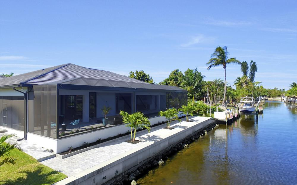 1135 Lorraine Ct, Cape Coral - Luxury Waterfront Gulf Access Home For Sale 769373211
