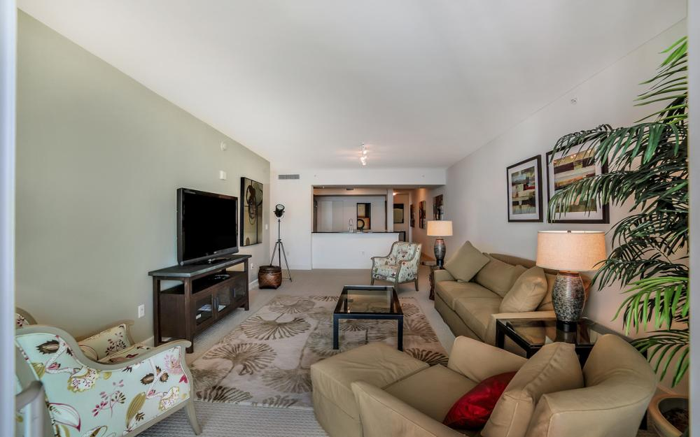 3000 Oasis Grand Blvd # 1807, Fort Myers - Condo For Sale 2094580625