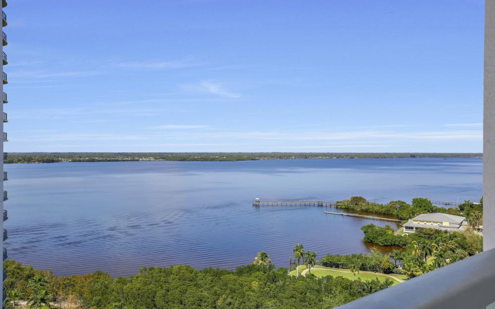 3000 Oasis Grand Blvd # 1807, Fort Myers - Condo For Sale 805338133