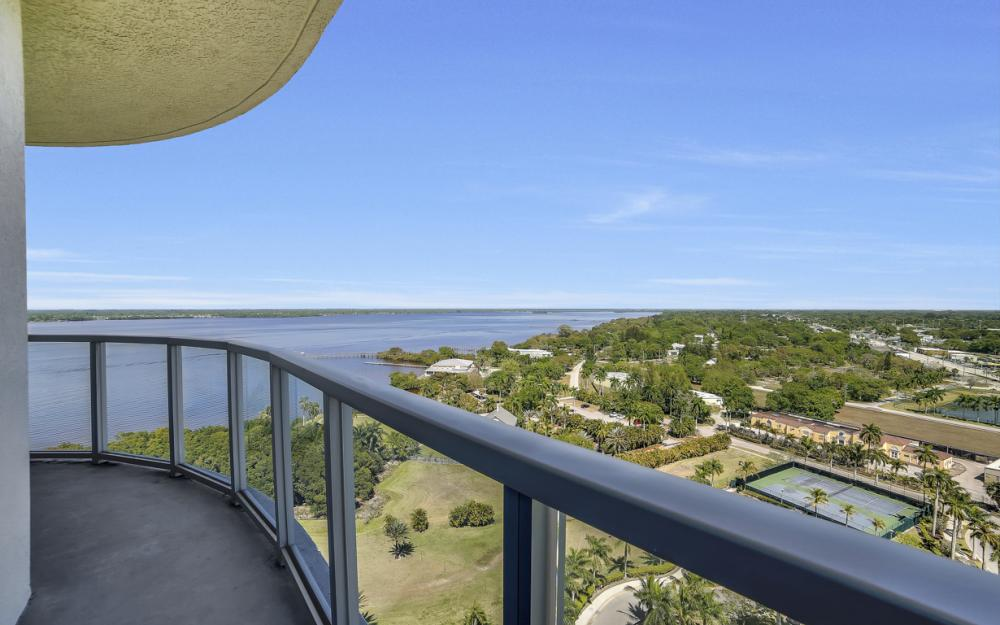 3000 Oasis Grand Blvd # 1807, Fort Myers - Condo For Sale 154630602