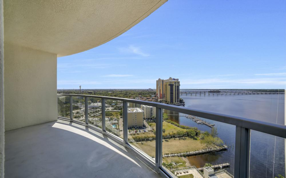 3000 Oasis Grand Blvd # 1807, Fort Myers - Condo For Sale 214834440