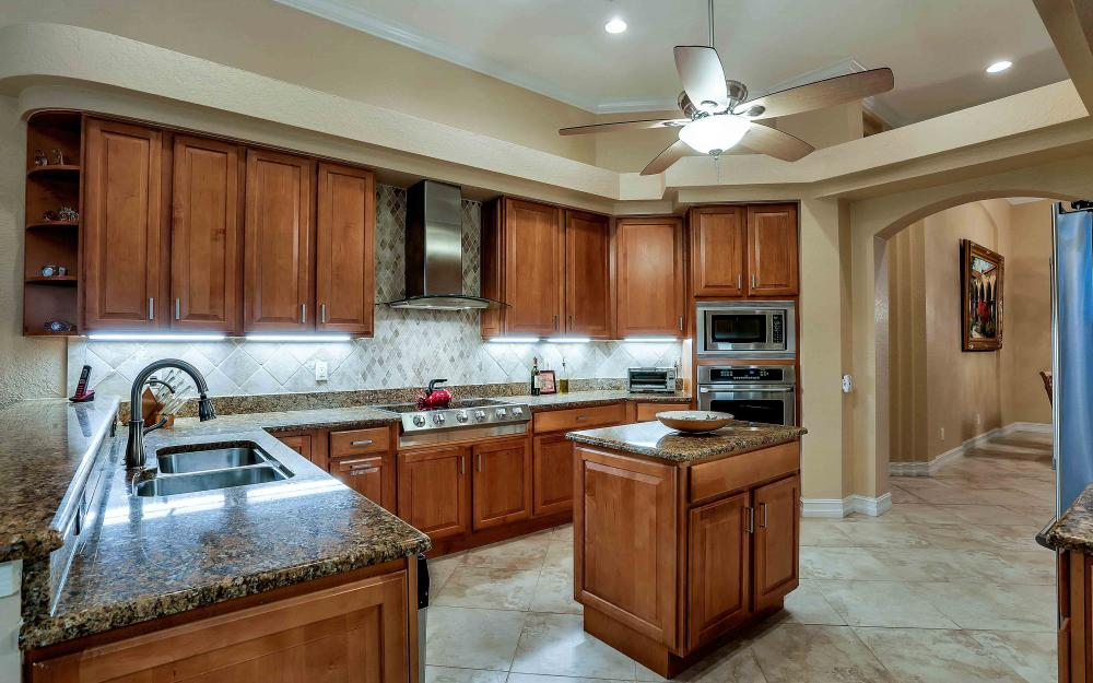 2311 Sagramore Pl, Cape Coral - Home For Sale 1568117320