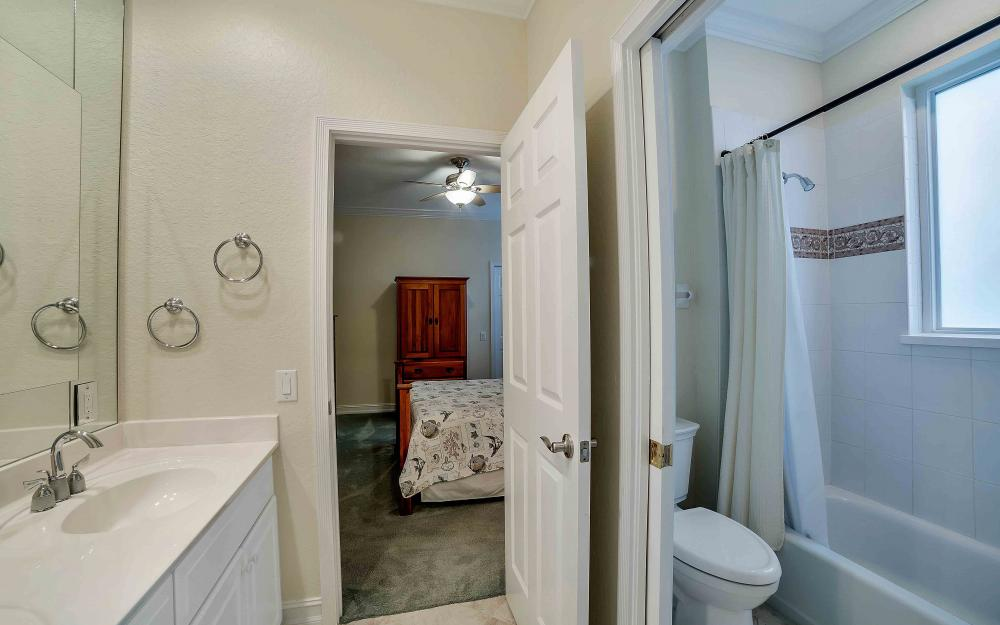 2311 Sagramore Pl, Cape Coral - Home For Sale 690263964