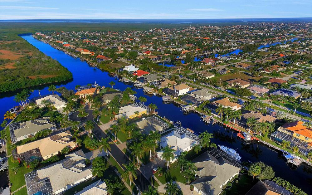2311 Sagramore Pl, Cape Coral - Home For Sale 1236127647